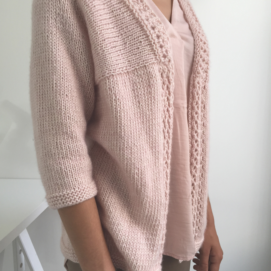 gilet rose tricot face taille 2 - 900